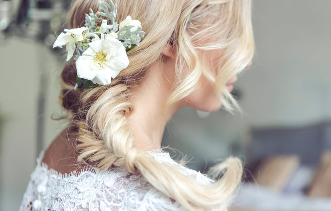 How To Make Sure Your Wedding Hair Is Your Crowning Glory