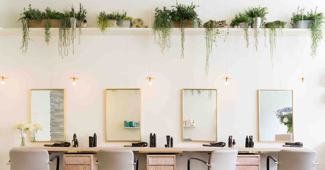 There's A New Blowdry Bar In Town