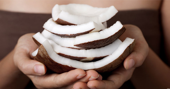 Coconut Oil: Our New Holy Grail Beauty Product