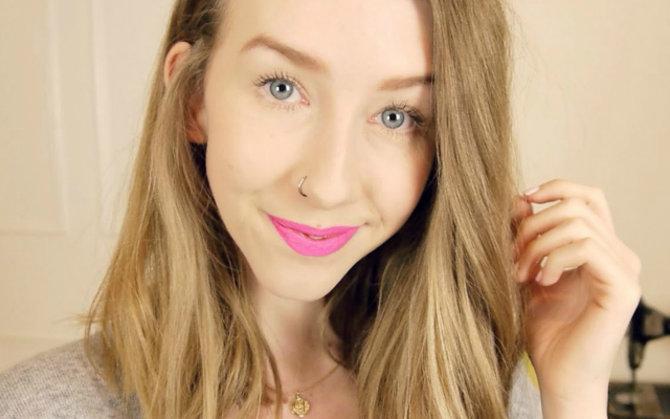 Vlogger Of The Month: Rhiannon aka FashionRocksMySocks