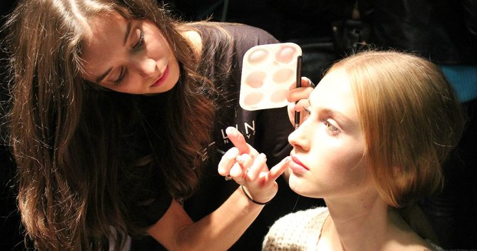 Eye-Spy: How To Fake Bright Eyes Now