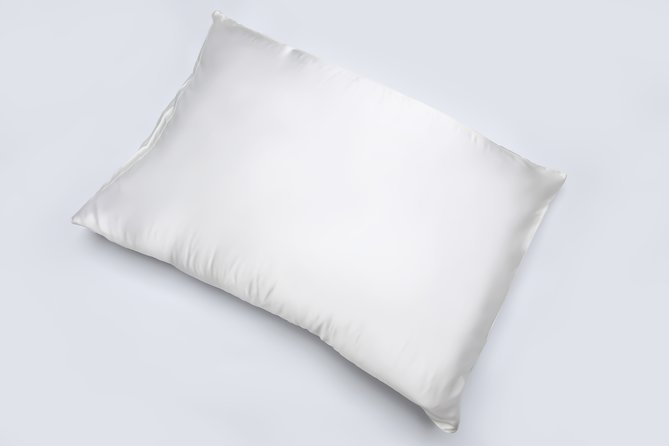 Benefits of a silk pillow case - We tried and tested it!