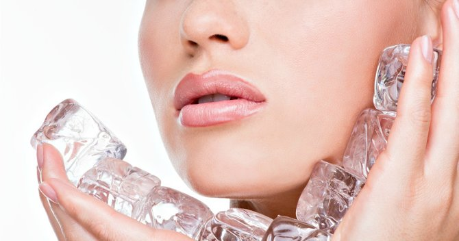 6 Ways Ice Can Solve Your Beauty Hang Ups