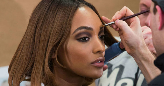 8 Backstage Beauty Secrets Models Swear By