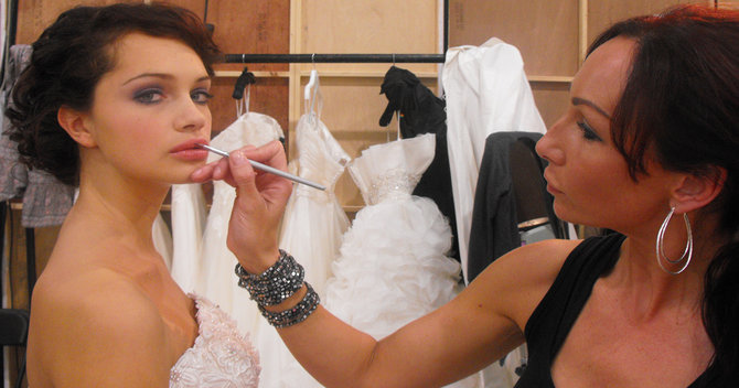 How To Apply The Perfect Bridal Makeup With Sarah Brock