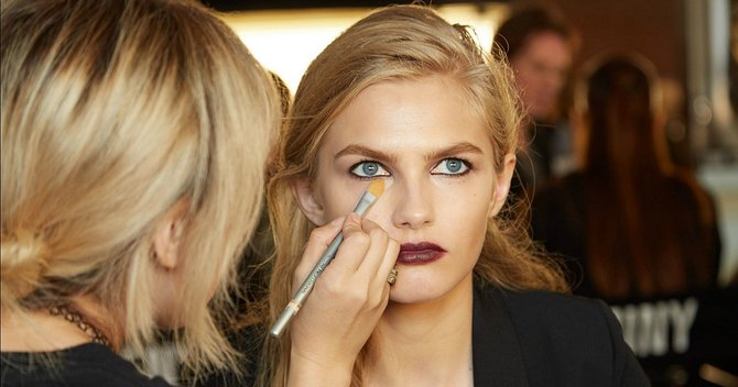 5 Secrets Makeup Artists Don't Want You to Know