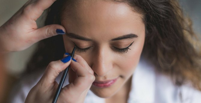 7 Questions You've Always Wanted To Ask A Makeup Artist