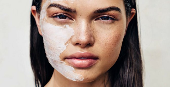 16 Ways To Conquer Acne Awareness Month!