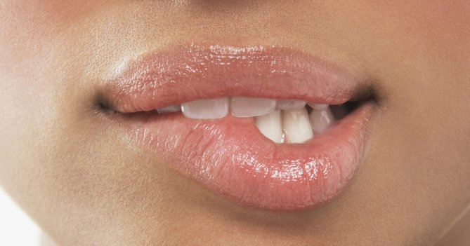 12 Tried And Tested Lip Balms For Dry Lips