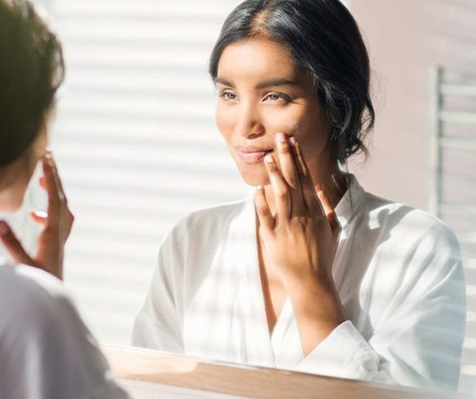 Signs You Might be Using The Wrong Moisturiser For Your Skin Type