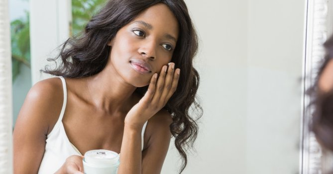 How Can I Keep My Skin Hydrated This Winter?