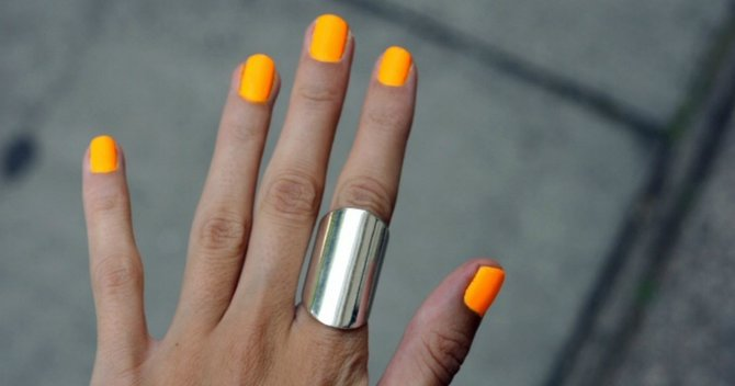 Five Orange Nail Polishes You Shouldn't Live Without