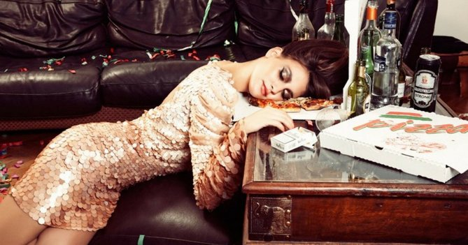 8 Steps To Conquering Your Christmas Work Party Hangover In True Style